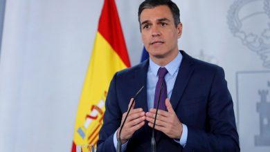La huída del rey Juan Carlos I crea cisma político en España