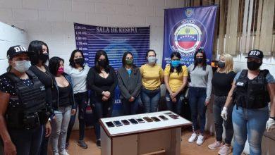 Photo of Autoridades desmantelan centro de prostitución en la capital de Venezuela