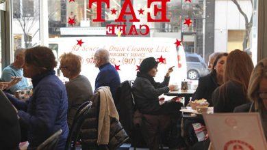 Restaurantes vuelven a abrir sus puertas en Nueva York