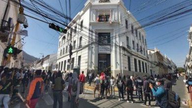 Photo of Bolivia: Instituciones y autoridades condenan actos vandálicos contra la Fiscalía de Sucre
