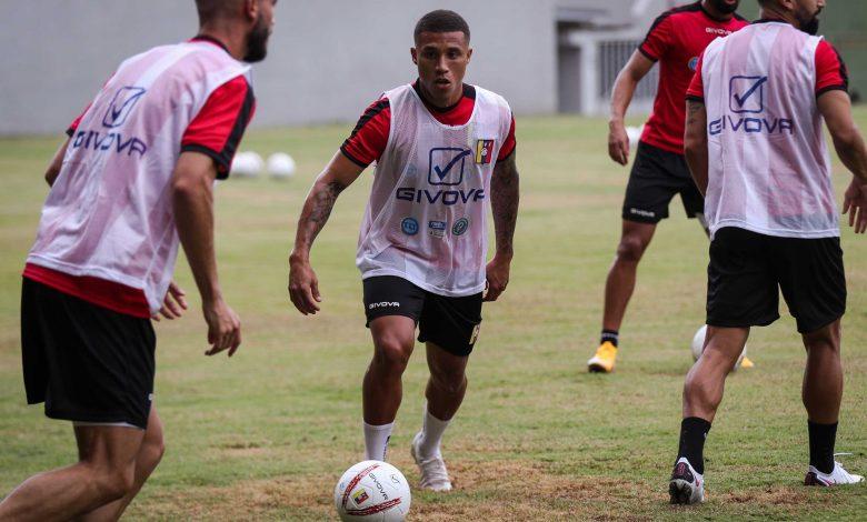 Venezuela debuta mañana ante Colombia