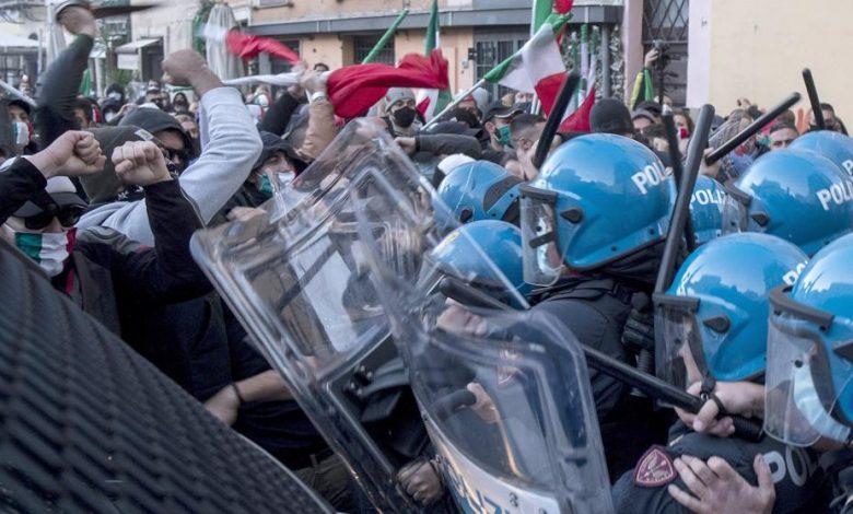 Sectores de la población en Italia rechazan nuevas medidas para enfrentar la pandemia